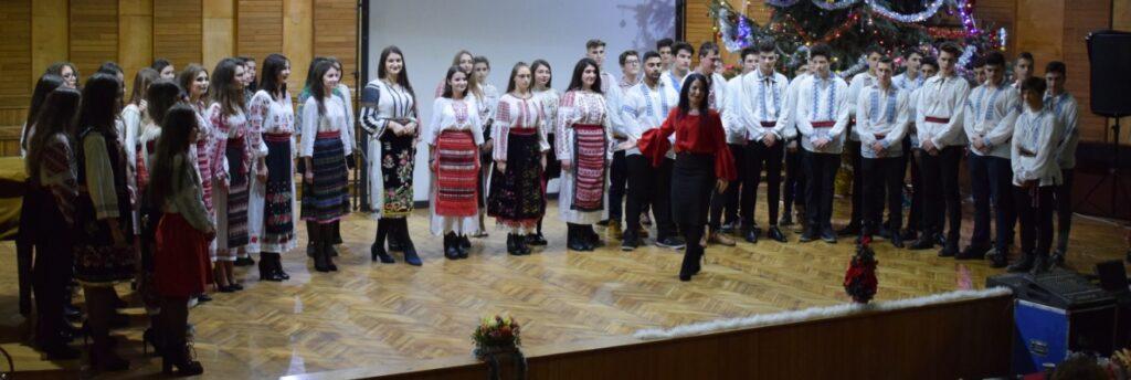 """Muzica în viaţa tinerilor – """"Adevărat-Fals"""" – Autor:  Prof. Carmen OPREA, Liceul """"Liceul Traian Vuia"""" Craiova, 2020"""