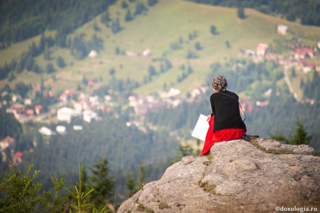 """Viaţa omului, darul lui Dumnezeu – """"Găsește cuvântul"""" – Autor: Prof. Mariana OPROIU"""