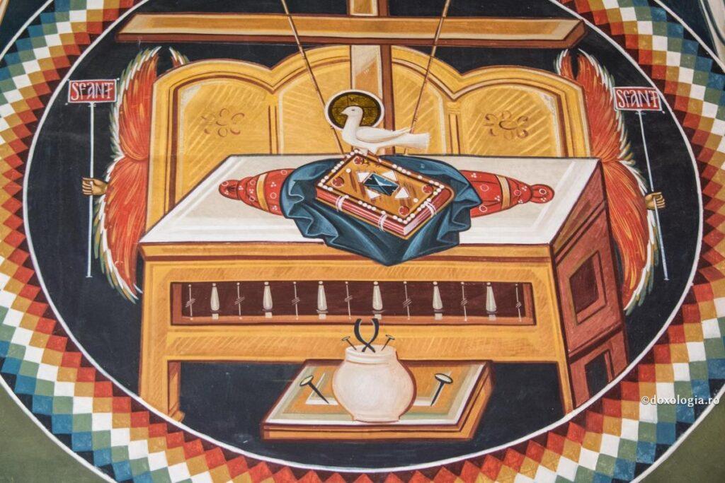 """Lucrarea Sfântului Duh în lume – """"Text spații goale"""" – Autor: Prof. Cristina TIȚOIU, Colegiul """"Ștefan Odobleja"""" Craiova, 2020"""