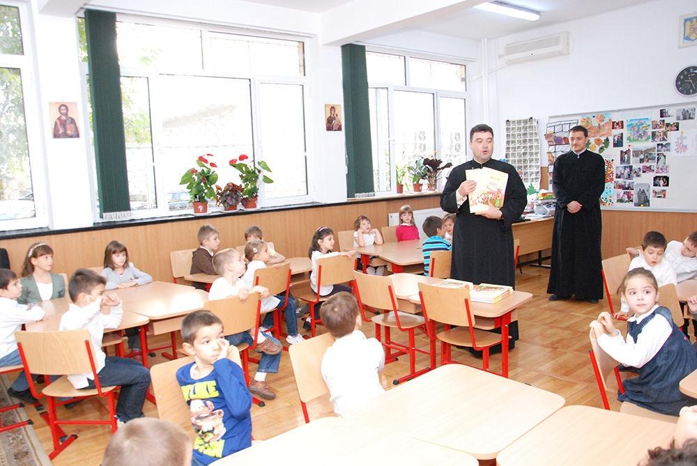 """Sunt creştin şi la şcoală – """"Ordonare pe grupe""""- Autor: Prof. Alina POPESCU, Școala Gimnazială Nr.1 Motru, Gorj, 2020"""